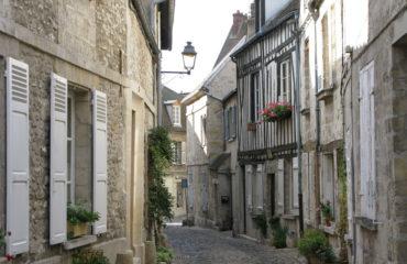 visite-guidee-senlis-Rue-de-la-Tonnellerie-1